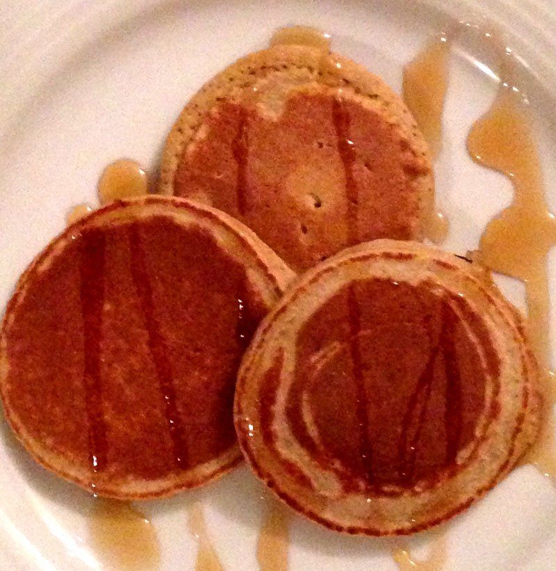 Healthy Skinny Pancakes from Celebrity Trainer Heidi Powell - Get the recipe at http://HeidiPowell.net/2465