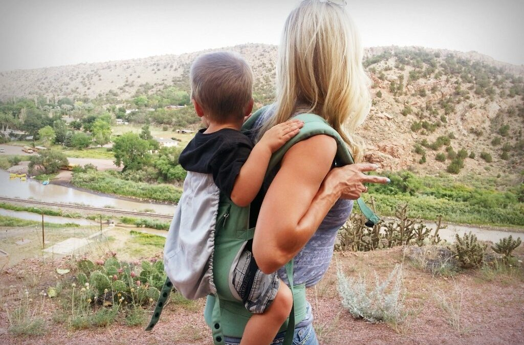 #BabyPowell Giveaway: Ergobaby Performance Carrier