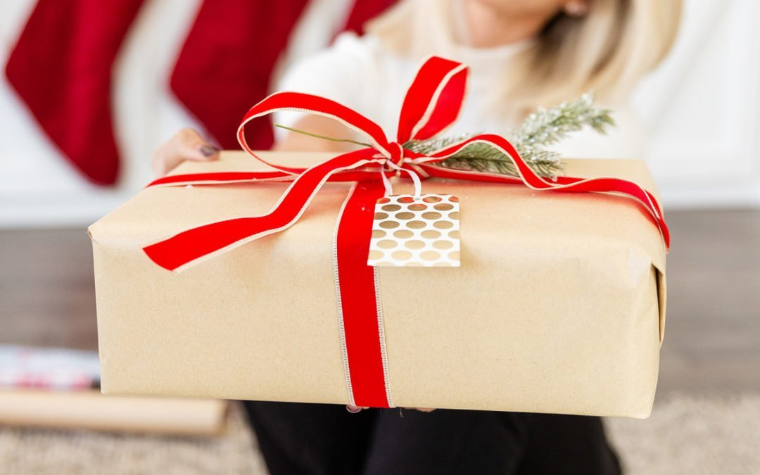 Heidi's Holiday Gift Guide and Giveaway 2020