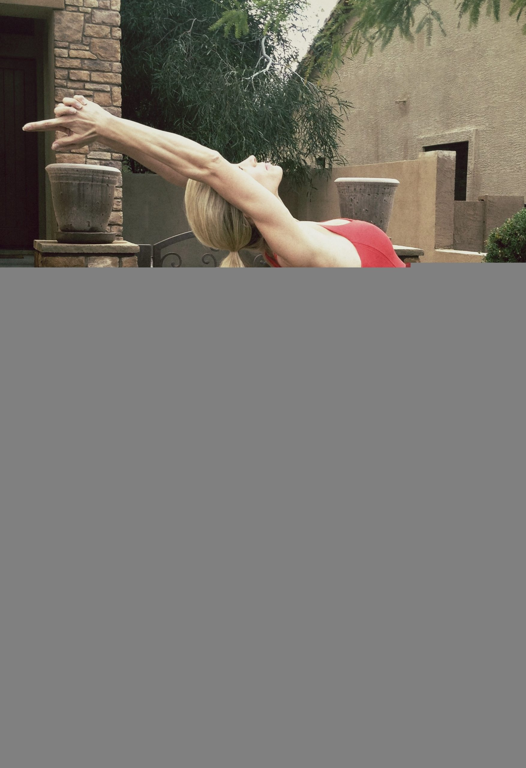 #YogaWorkout with #HeidiPowell Raised Arm Yoga Pose - Learn more at https://heidipowell.net/305