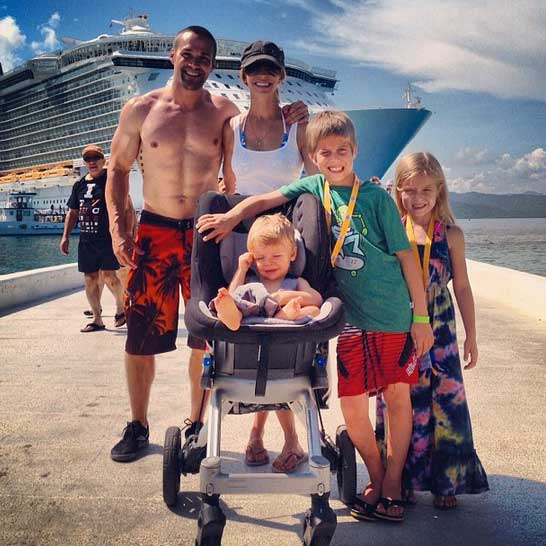 Powell Pack on a cruise - Tips to eating healthy while on a cruise - Learn more at https://heidipowell.net/39