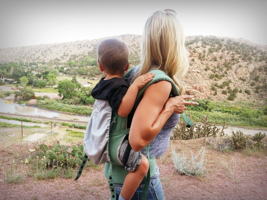 Cash and Heidi Powell Hiking - Learn more at https://heidipowell.net/3085