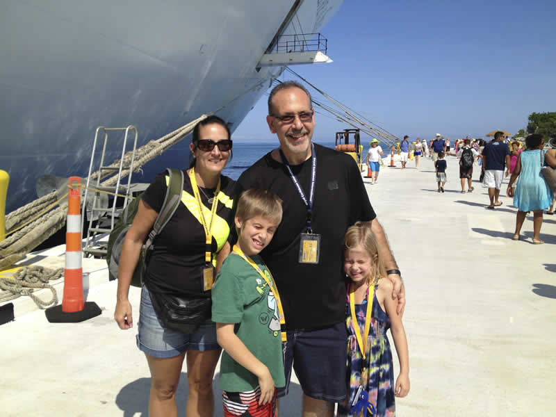 mike-family-cruise