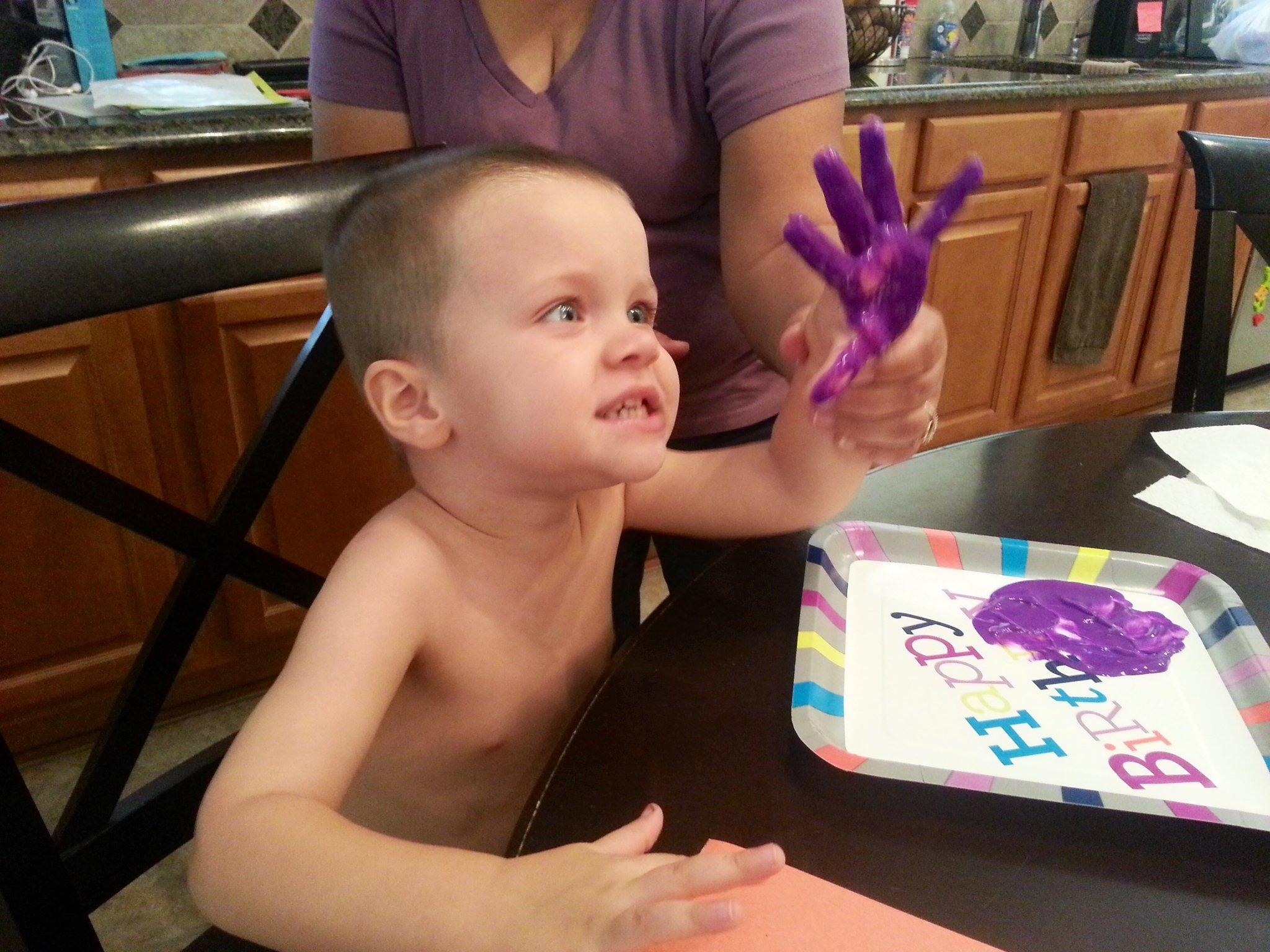 Cash Monster Purple Hand - Halloween monster craft with Cash Powell. Full details at https://heidipowell.net/4453