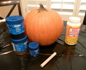 Celebrity Trainer Heidi Powell's Glitter Pumpkins - What you need http://heidipowell.net/4142