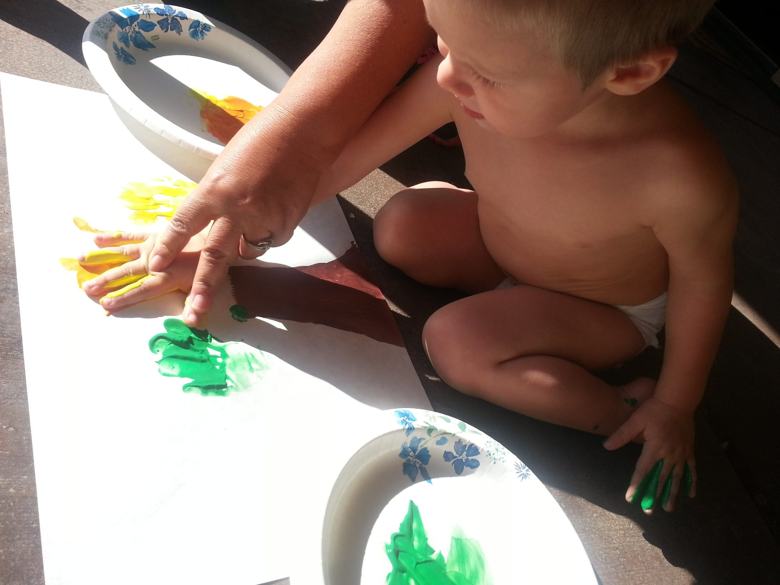 #CashPowell #Painting - Colorful Fall Tree Craft #PowellPack #ToddlerCrafts