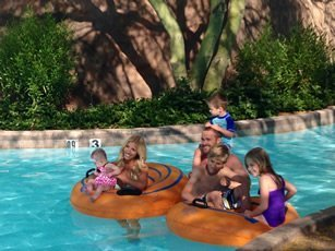 powell-pack-lazyriver