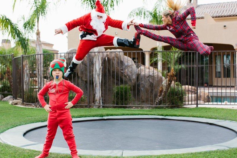 Santa vs. Heidi: May the Strongest Competitor Win!