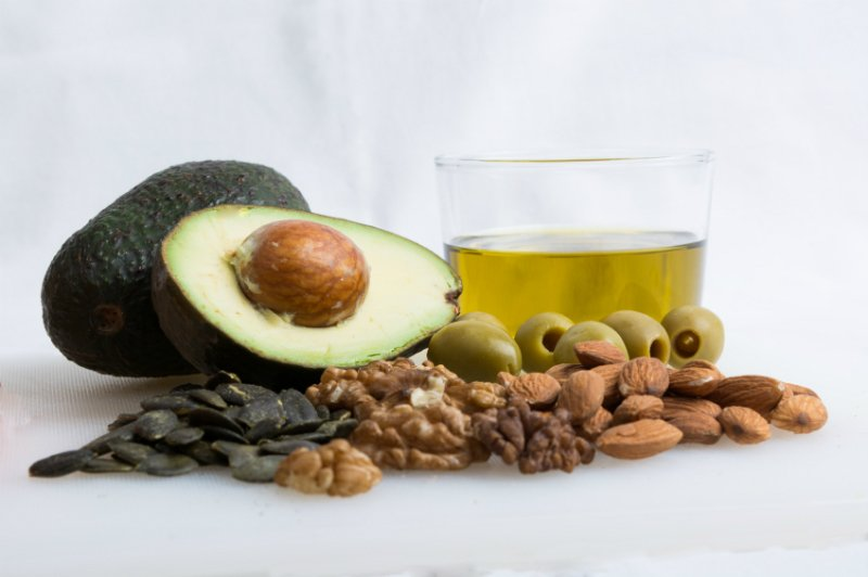 Healthy Fats to Crush those Cravings and stay on your Transformation journey! Tips and Tricks from Heidi Powell