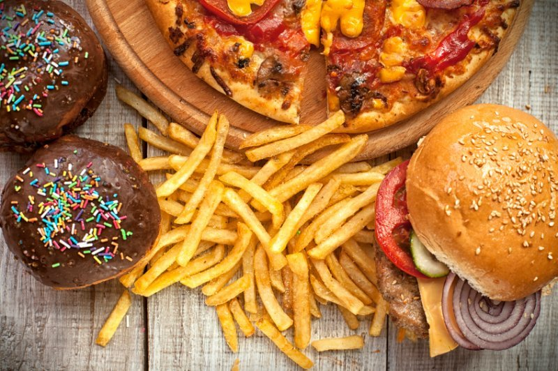 Junk Food Triggers: How to Wipe These Bad Boys Out for Good!