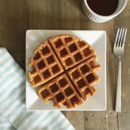 Protein Waffles with a Pumpkin Twist!