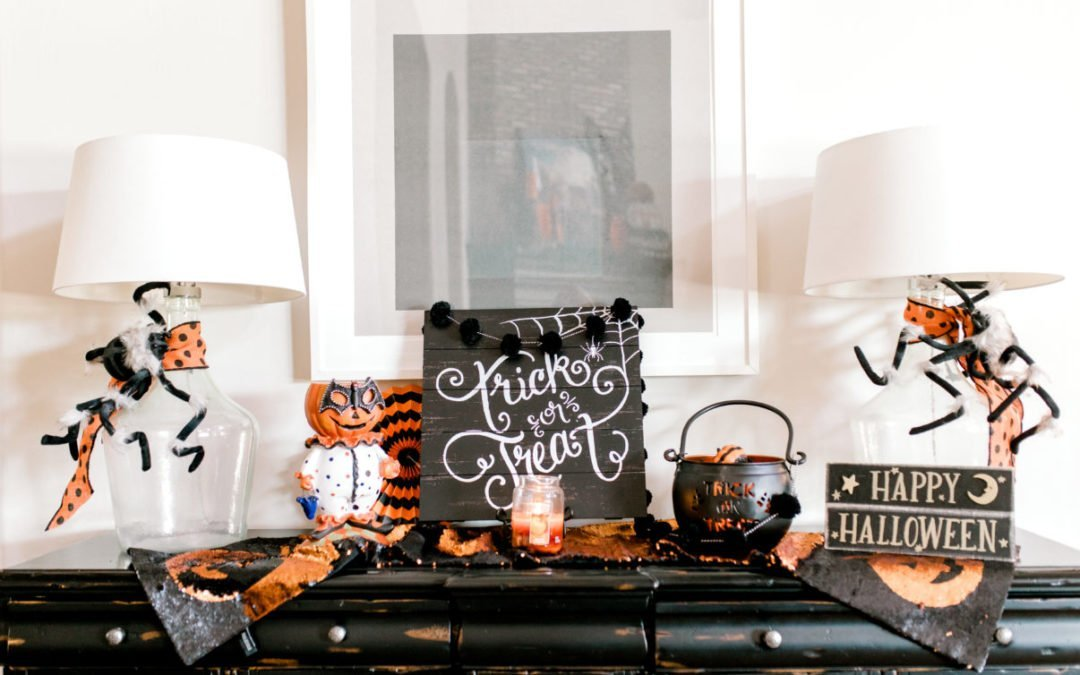 Halloween Decorating || Powell Pack Style